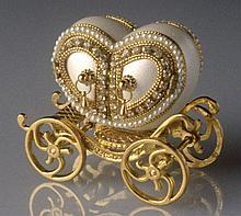 Decorative Carriage Trinket Box