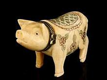 Chinese Carved Pig Snuff Box, Jewelry Box.