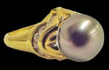 Art Deco 18kt Gold Tahitian Pearl & Diamond Ring