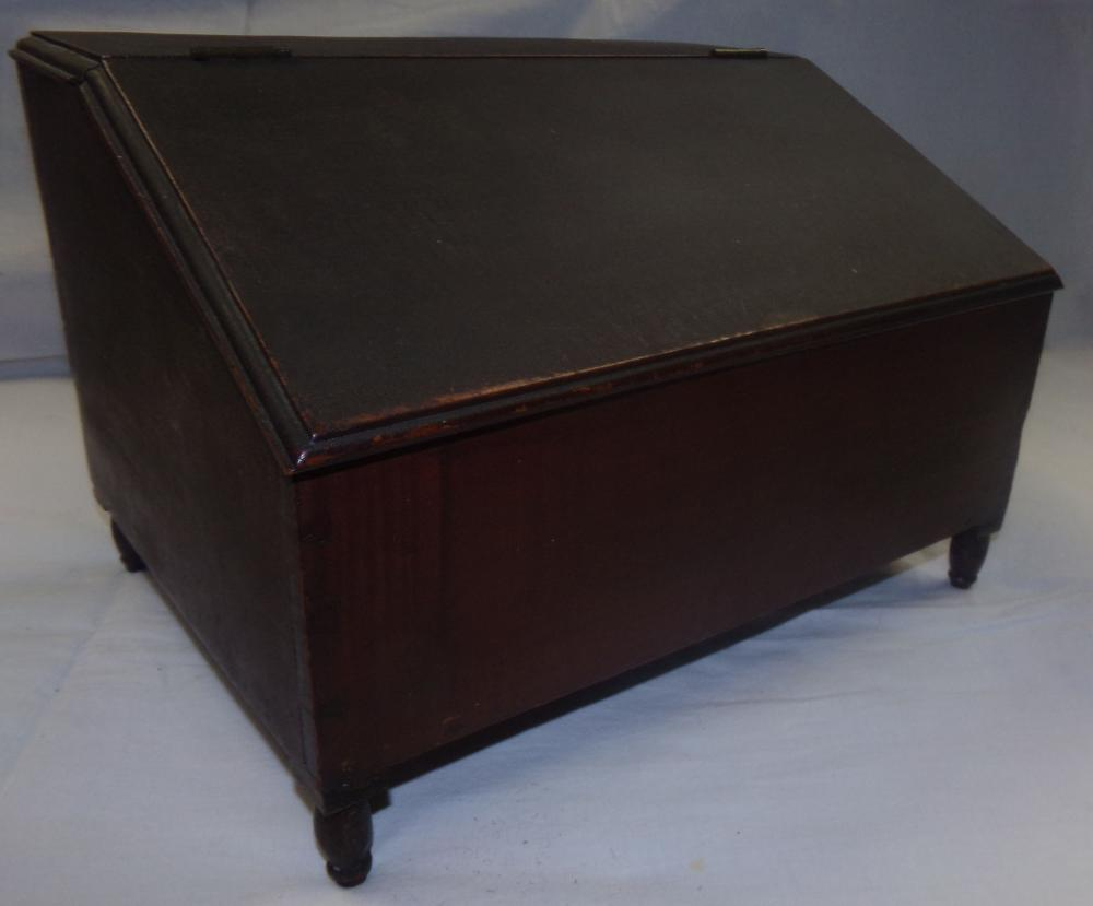 Late 18th/early 19th C Tiger Maple Box With Slant Lid