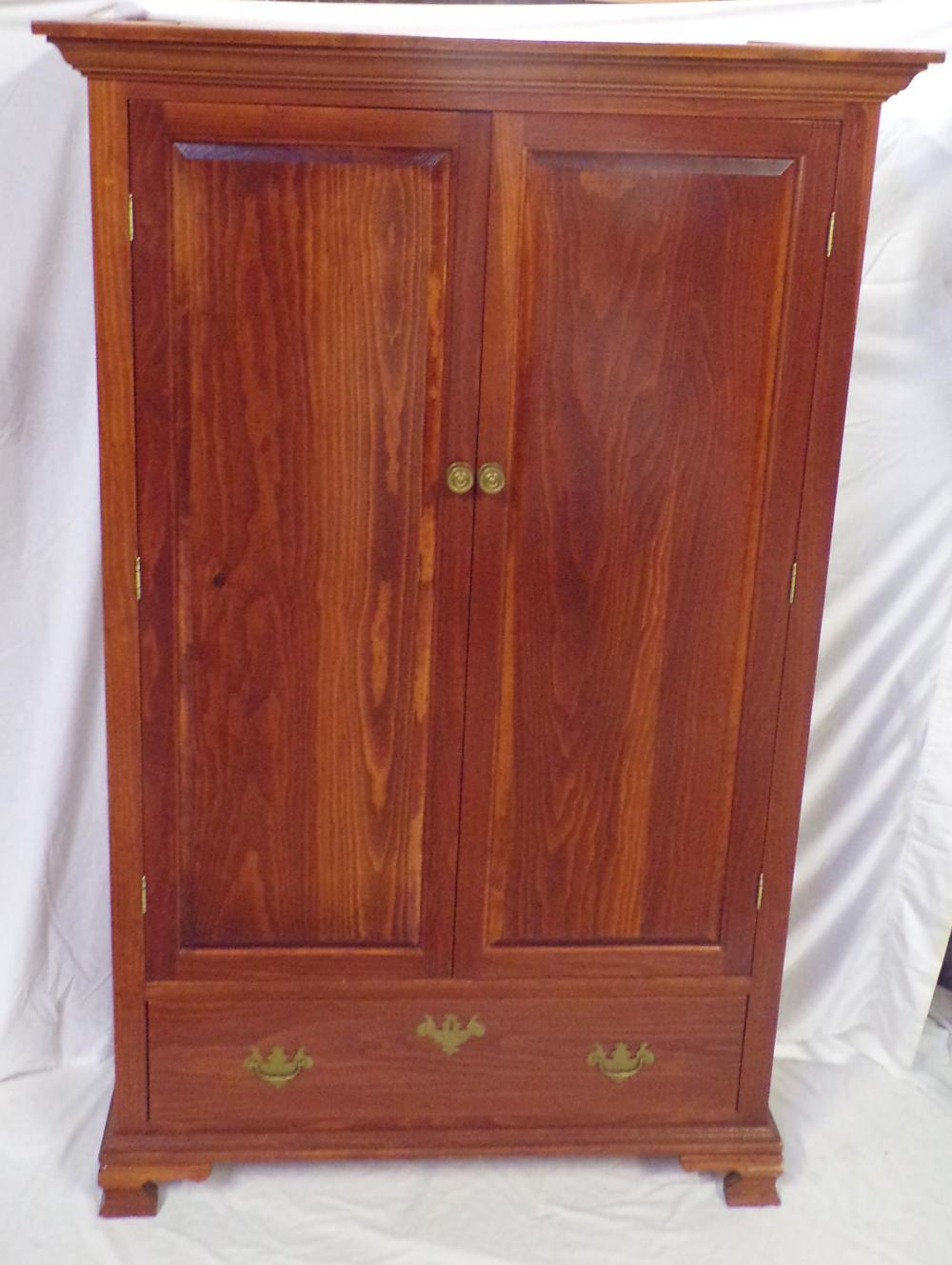 Stylized Chippendale Cherry Cabinet w/Molded Cornice