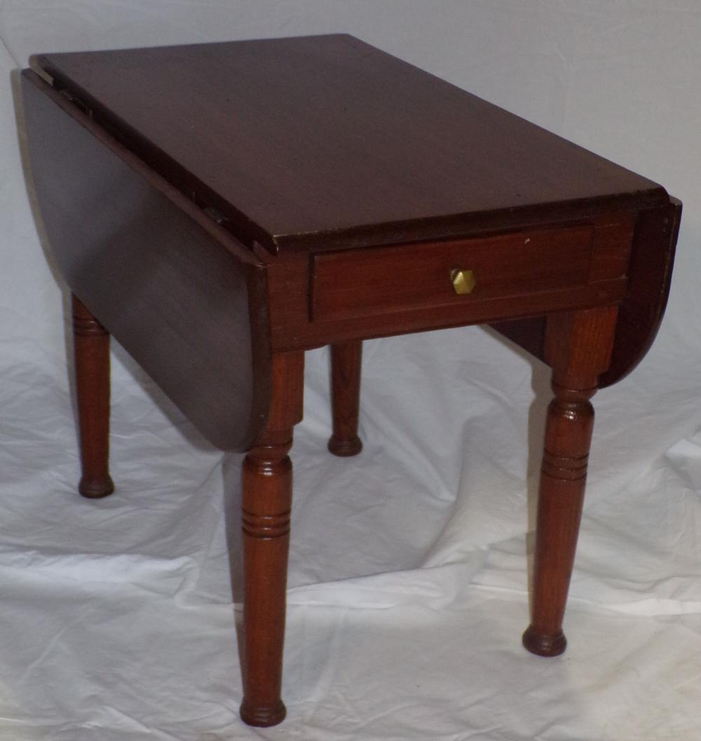 19th century late Sheraton child/doll size drop leaf table