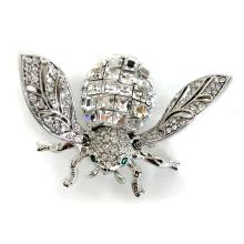 Silver tone MOVING WINGS FLY shape pin brooch with white rhinestones
