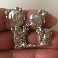 Sterling silver TWO GIRLS shaped brooch