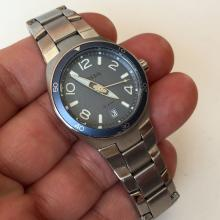 Stainless steel round FOSSIL Date watch with bracelet