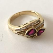 14k yellow gold diamonds and ruby ring, size 5 1/4