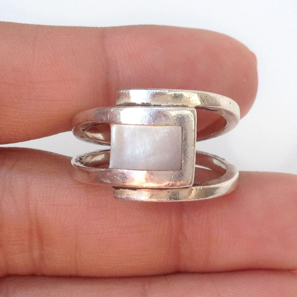 Sterling Silver And Mother Of Pearl Ring Size 8