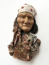 Face of Native American Figurine on resting place stone 1829-1909 GERONIMO (GOYATHLAY)
