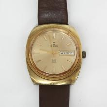 Vintage gold plated men's CONSUL M SWISS watch Date Day with genuine brown leather strap