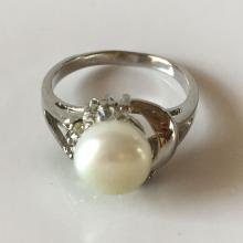 Silver tone genuine white button pearl ring with white rhinestones, size 7