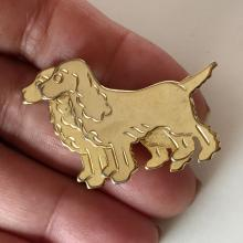 Gold plated PAIR OF FLAT COCKER SPANIEL DOGS shaped brooch