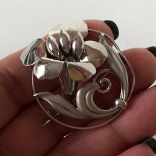BB: Sterling silver satin and shiny finish FLOWER shaped brooch, signed