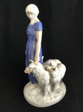 Bing Grondahl Copenhagen Denmark Shepherdess porcelain figurine #2010