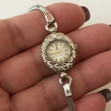 Vintage silver tone oval dressy LOUIS 17 jewels ladies watch and matching bracelet with extra safety chain