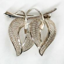 Vintage sterling silver filigree brooch in shape of 2 LEAVES