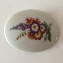 Oval porcelain plate with FLOWERS picture brooch