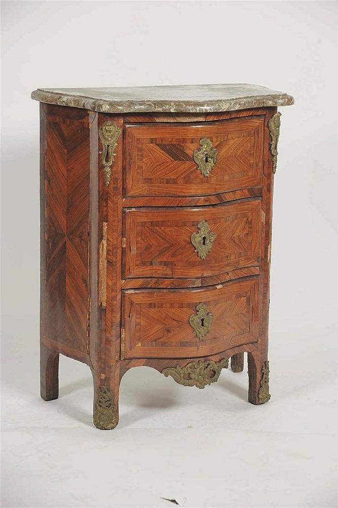 Table de chevet en marqueterie de palissandre re - Table chevet originale ...