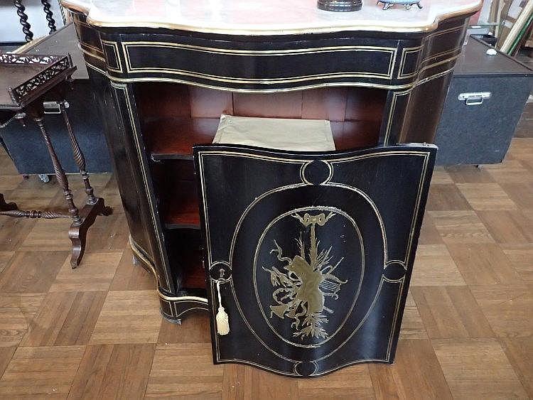Furniture meuble d 39 entre deux en bois noirci et filets d - Meuble d entre ...