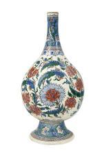 An Iznik-style pottery vase