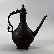 An Islamic bronze ewer, 18th/19th century,