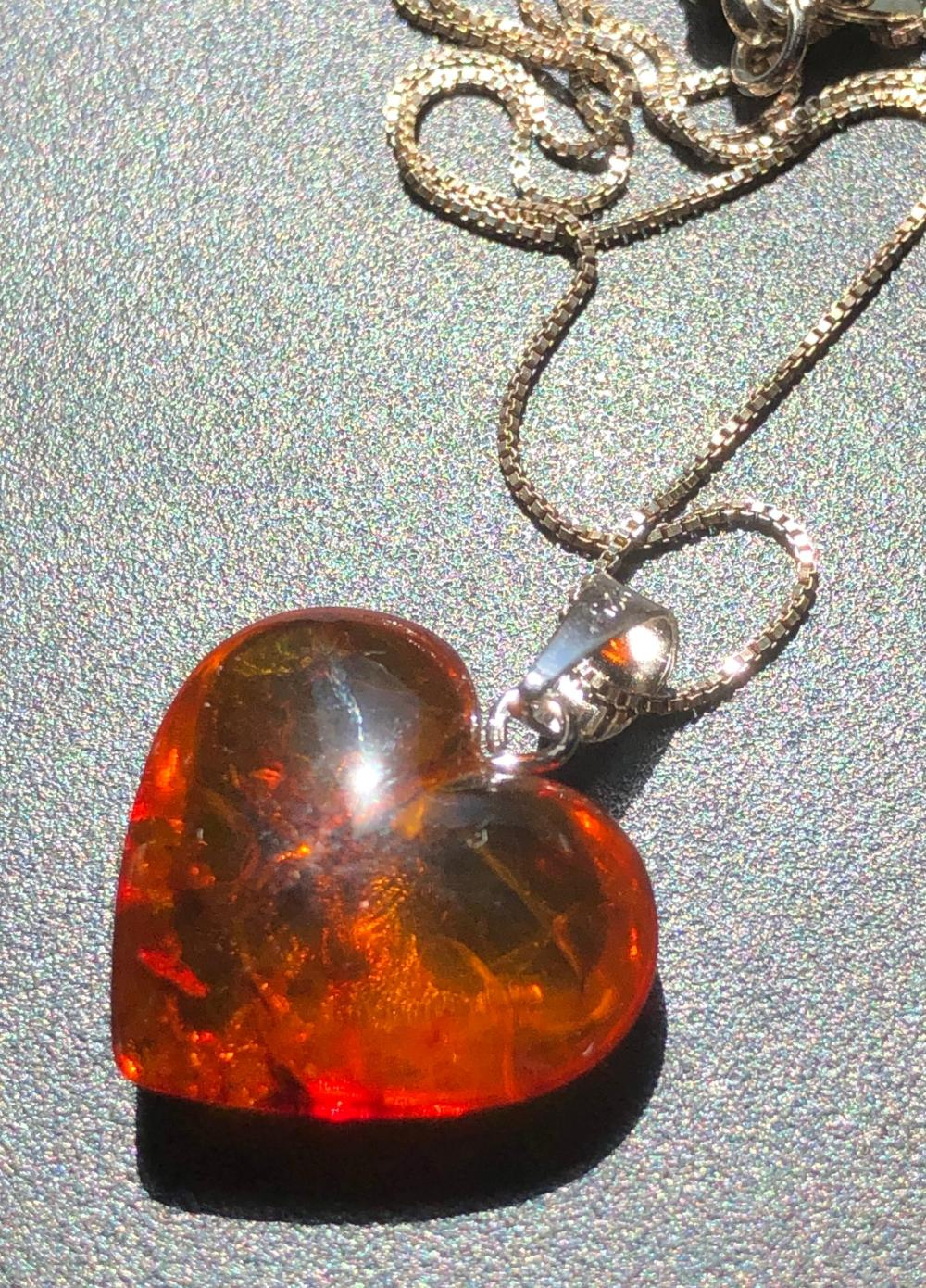 Vintage Heart Shape Amber Pendant Silver Necklace