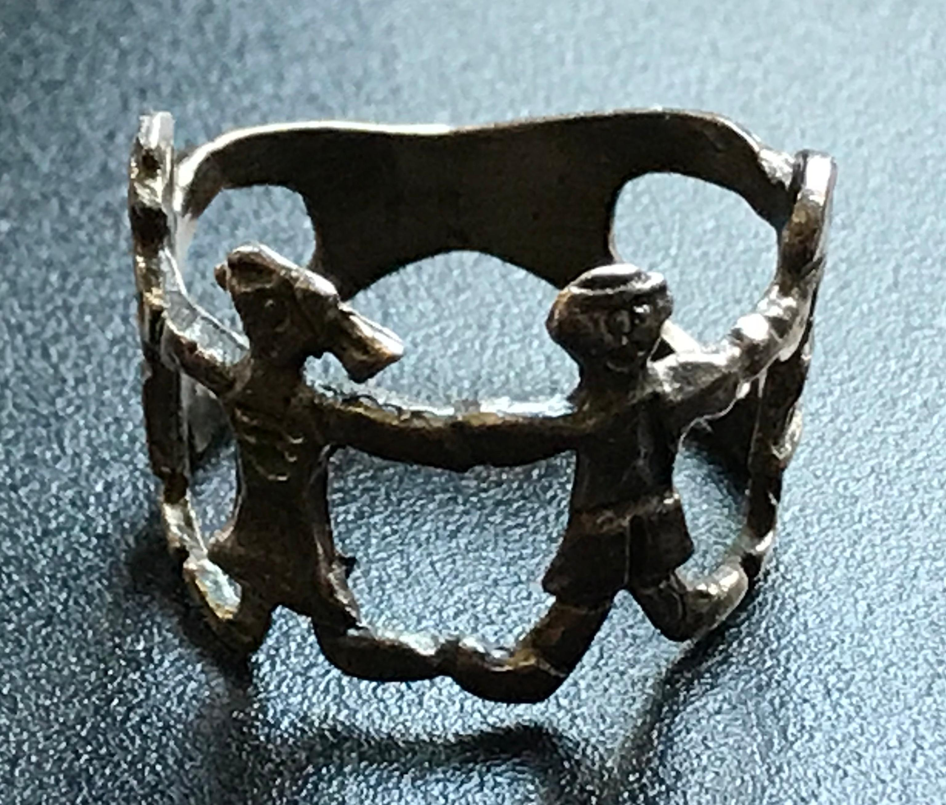 Antique Silver Ring of 4 Kids
