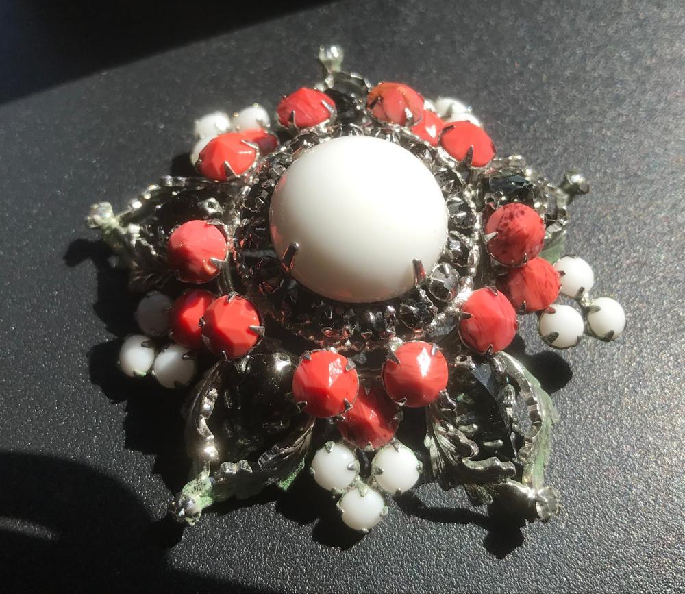 Vintage Brooch Pin
