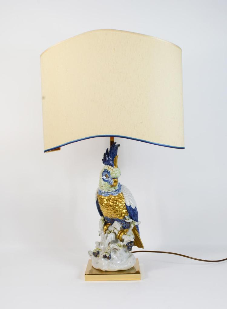 Lamp with porcelain parrot