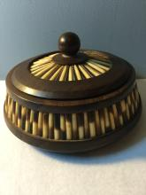 ThaiLand or Vietnam HuangHuaLi Circle Box with SeaShell or Bamboo Embeded Decoration