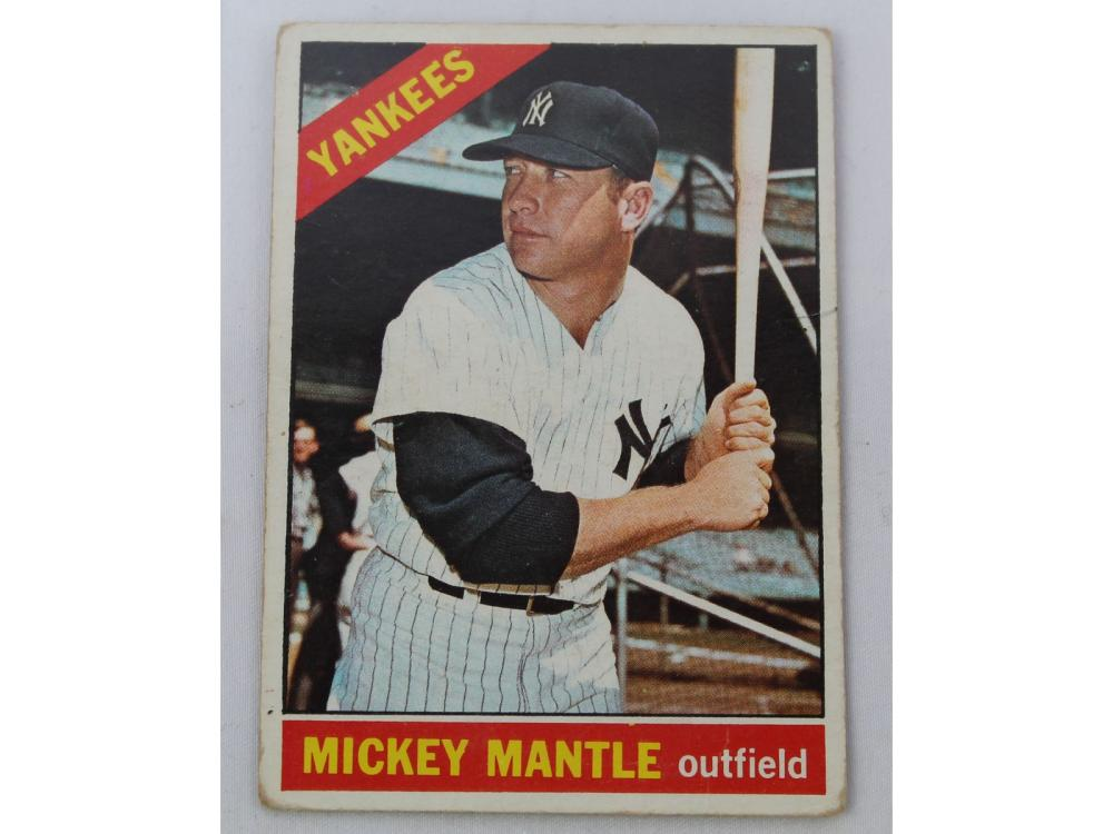 (4) Mickey Mantle Topps Cards -