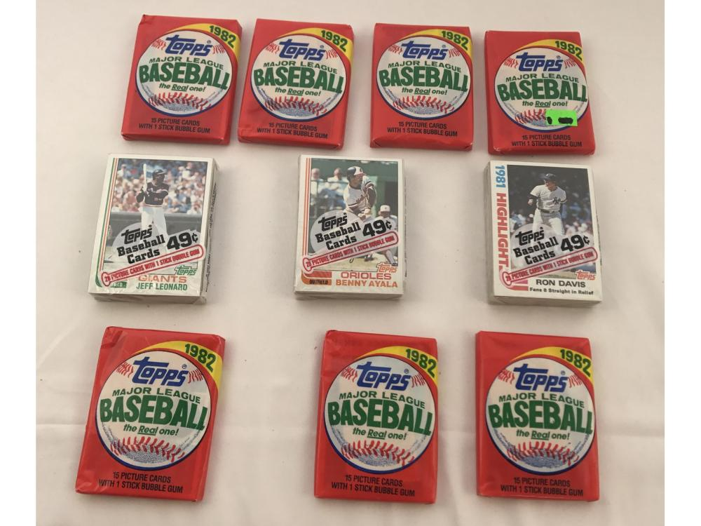 (10) Unopened 82 Topps Wax/cello Packs