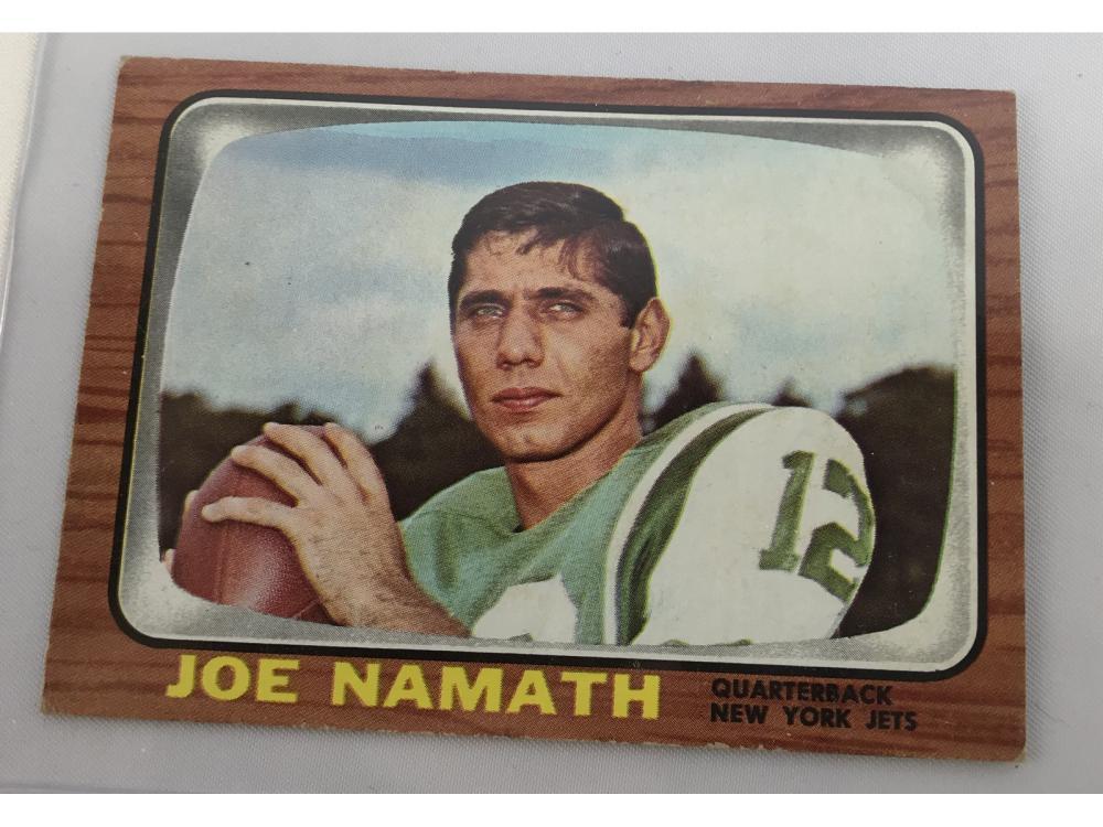 (9) 1966 Topps Football Bv $402 (namath)