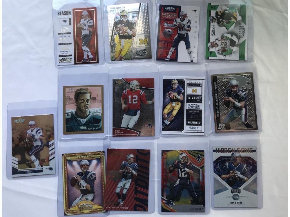 (25) Different Tom Brady Football Cards