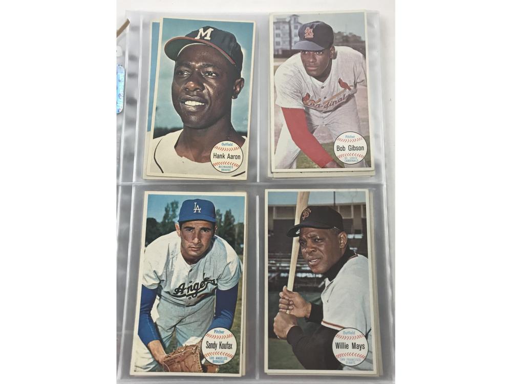 62 1964 Topps Giant Baseball Cards