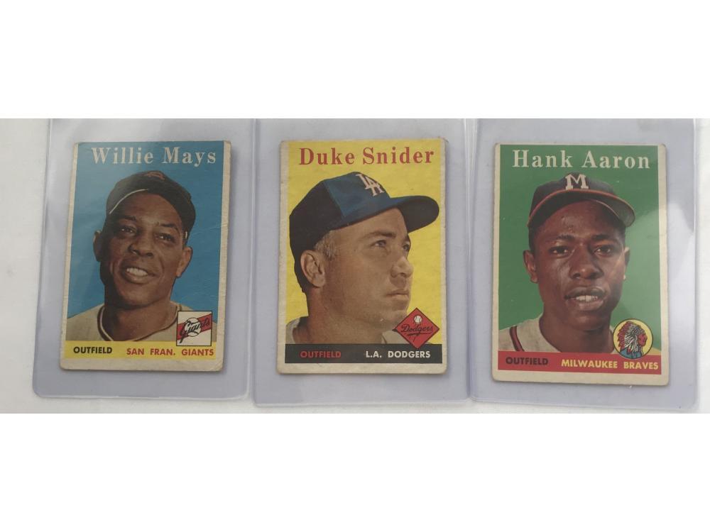 Three 1959 Topps Baseball Cards