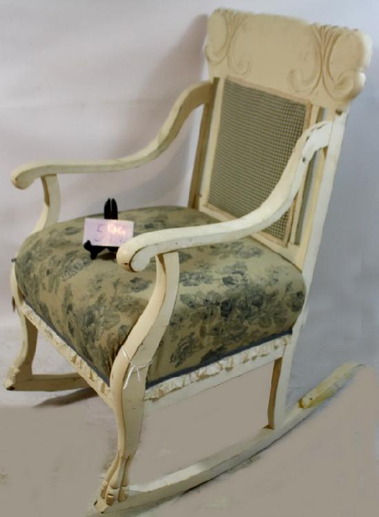 Tremendous White Old Rocking Chair With Cloth Checker Patterned Back Creativecarmelina Interior Chair Design Creativecarmelinacom
