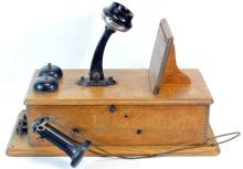 Antique Vintage Hand Crank Oak Wall Telephone