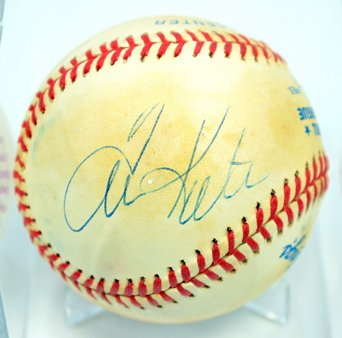 how to get baseball autograph authenticated