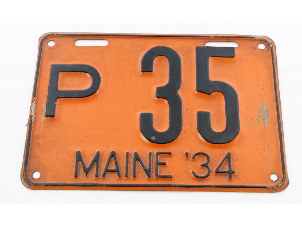 Excellent Pair Of 1934 Maine License Plates