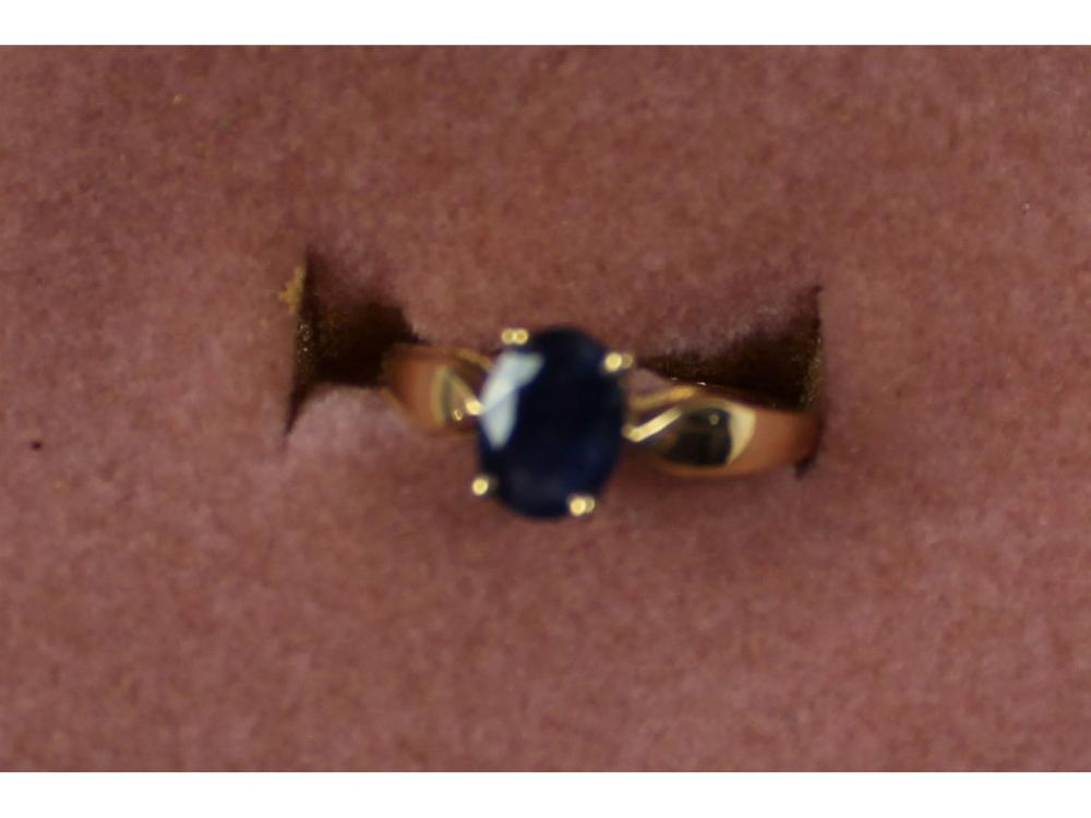 Ladies 14kt. Gold Sapphire Ring 2 Grams