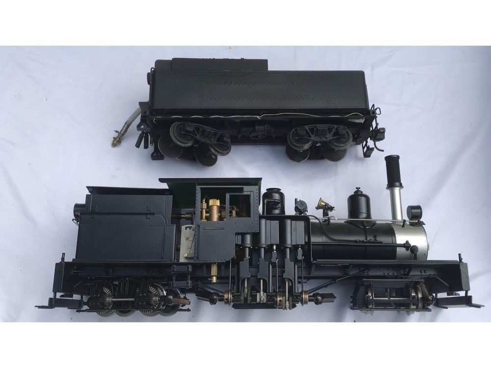 Accucraft Steam Train And Tender