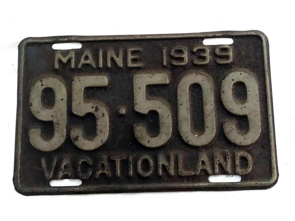 5 1920's And 30's Maine License Plates