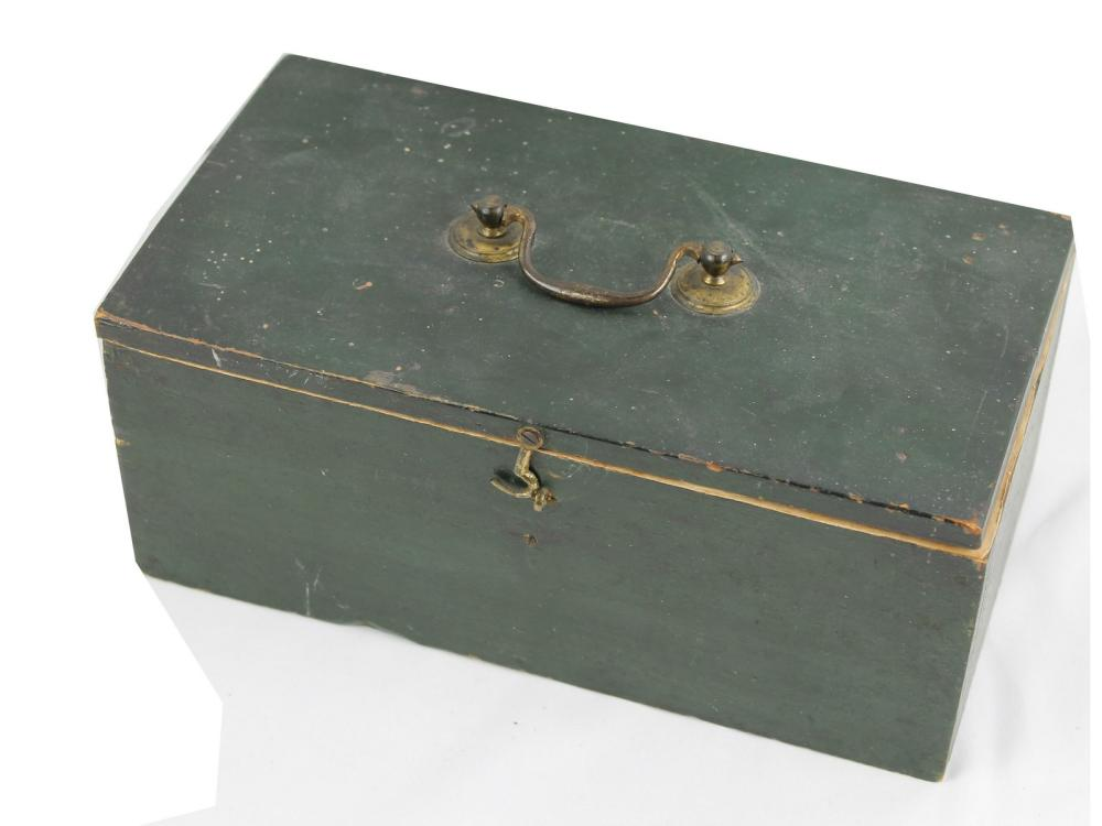Small 19th Century Lift Top Box