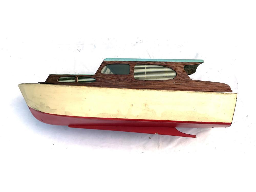 Assorted Boat Models Cabin Cruiser, Criscraft