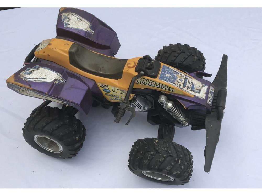 8 Rc Cars With No Bodies And Parts