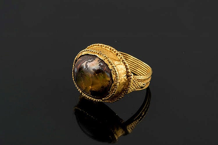 A GOLD RING