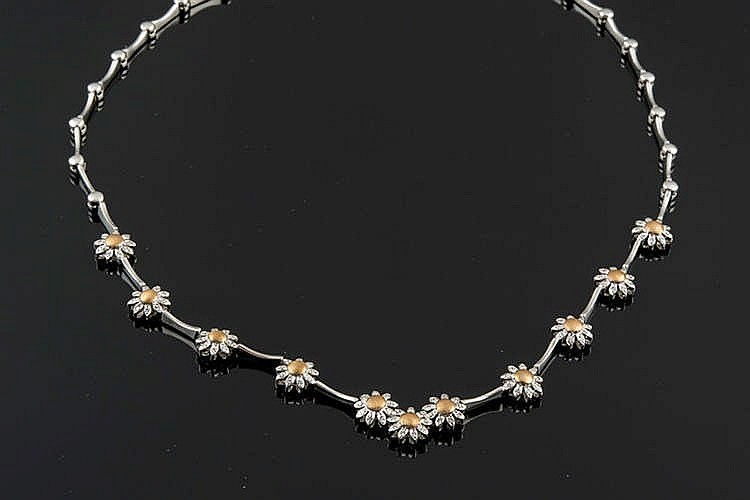 A GOLD AND DIAMOND NECKLACE, BY APRILE