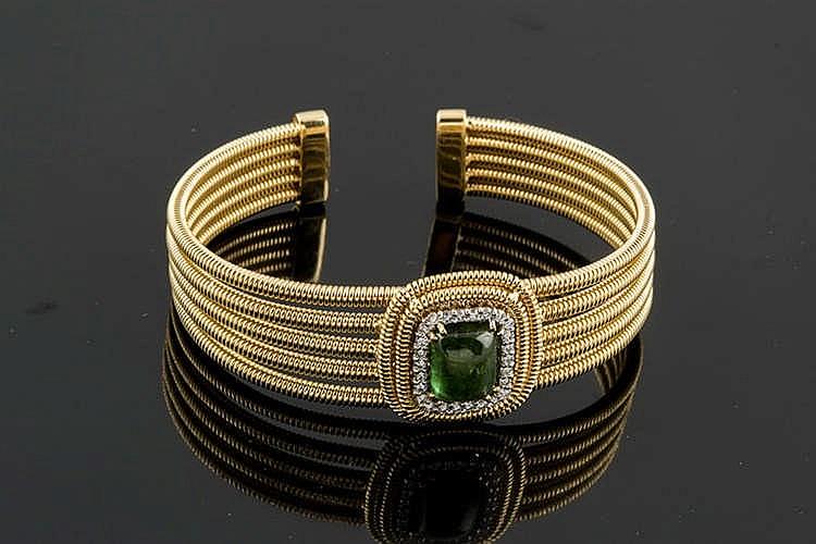 A GOLD, TOURMALINE AND DIAMOND BRACELET