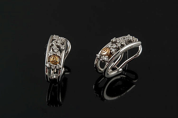 A PAIR OF GOLD AND DIAMOND EARRINGS, BY DAMIANI