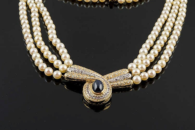 A GOLD, PEARL AND SAPPHIRE NECKLACE